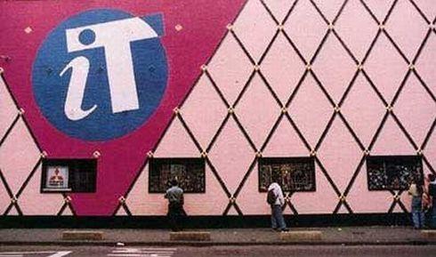 Amsterdamse Club iT wordt het eerste moderne museum voor elektronische muziek: 'Our House'.